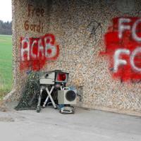 """Das """"BLITZGESCHIRR"""" in der Bushaltestelle in Fahrtrichtung Bad Segeberg..."""