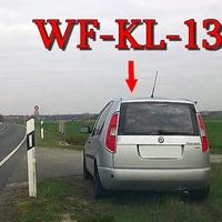 Der silberne Skoda Roomster (WF-KL-135)in der 70iger Zone am Abzweig Hötzum aus Sickte kommend