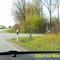 Der Herr der am blauen Hundefängerwagen scheinbar gelangweilt dreinschaut, verdeckt das Nummerschild RZ RZ 244 vom Messwagen...