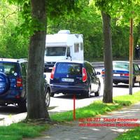 Genau an der Einfahrt zu den Parkplätzen und Garagen des Hochhaus 30-34 in  der Fregattenstrasse in Lübeck-Buntekuh. Gemessen wird in Fahrtrichtung Korvettenstrasse / Moslinger Allee...