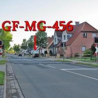 Der dunkelblaue VW Golf 4 Variant (GF-MG-456), am OA Lengede Richtung Klein Lafferde, zwischen Bahnübergang und Kreisel. 50 kmh.
