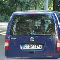 blauer VW Caddy B- DW 9176 -  Berliner Str. zwischen Schildower Str. und Auguste Viktoria Str. blitzt Richtung Hermsdorfer Damm (stadtauswärts)
