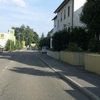 Messung aus dem Fahrzeug heraus igO aus Affalterbach kommend, das Messpersonal ist bei 30 Grad nicht zu beneiden...  Messfahrzeug silberner Vito  WN-SJ 8705