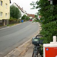Der Bus befindet sich kurz vor der Einfahrt in den Messbereich.