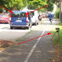 Sehr schlecht von der Strasse zu entdeckender Einseiten Sensor (ESO) mit Seiten- und Frontkamera
