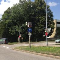 Stadtauswärts (B12) kommend, Richtung Innenstadt