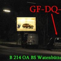 Der graue VW Caddy Maxi (GF-DQ-384) auf der Celler Heerstraße in BS Watenbüttel am OA. 50 kmh. Richtung Celle.