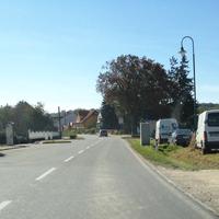 Ortseinfahrt Richtung Korneuburg, rechts