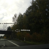 Die Aufnahme ist wieder in Fahrtrichtung Hannover. Am Tag des ersten bundesdeutschen Blitzmarathons stand der Landkreis hier den ganzen Tag und hat mehrfach die Messung der Fahrtrichtung geändert.