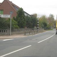 Feste Blitzer Dorfstrasse Garbsen, fahre in Richtung Engelbostel.