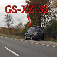 Der Blitzer auf der B 243 Osterode Richtung Seesen. An der Ampel, kurz vor der A7 Auffahrt, grauer VW Caddy (GS-XZ-32).