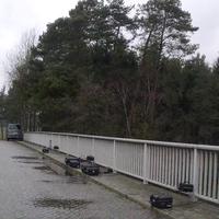 Als kleine Wochenendbeschäftigung stand der Herr von der Verkehrsüberwachung Heidekreis heute auf der Brücke in Abelbeck, gemessen wurden die Linke und die Mittlere Spur Richtung Hannover.