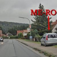 Silberner Skoda Roomster (ME-RO-64) in Erbsen Rtg Göttingen.