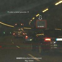 Blitzer steht ca. 350m nach der Tunneleinfahrt; bzw. nach Beginn der Rechtskurve !