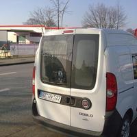 weißer Fiat Doblo Kastenwagen, Messung erfolgt ohne Blitz! - Infrarotsystem