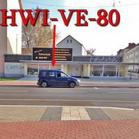 Blitzer auf der Walter Rathenow Straße in Halberstadt, gegenseitig in höhe der Fahrschule / Gegenüber von der Bushaltestelle, steht der blaue VW Caddy (HWI-VE-80). Er blitzt aus dem Kofferraum raus all die stadtauswärts fahren. 50 kmh.