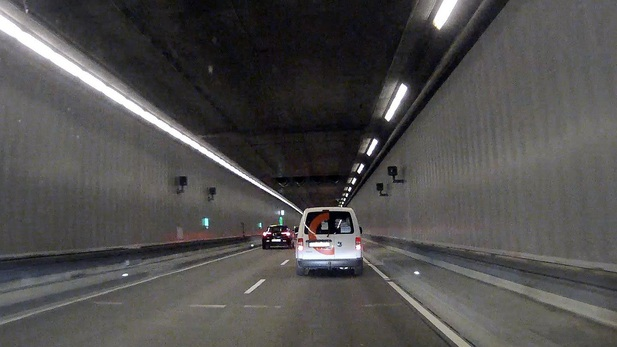 Normal_tunnelwest