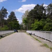 Die Herren von der Verkehrsüberwachung Heidekreis, heute mal wieder auf der Brücke in Abelbeck... es wurden jeweils die Linken Spuren in beide Richtungen gemessen.