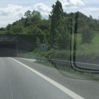 FR Stuttgart @100 direkt vor dem Tunnel Grafenberg am Ende der Leitplanke. So gut wir nicht zu sehen.