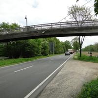 100kmh, gemessen wurden die Rtg. Osten (Stahlwerksbrücke) fahrenden