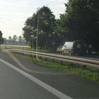 B29 Parkplatz nach Remshalden, Verkehrskontrolle im Aufbau, die Herren beim Ankleiden, konnte keinen Blitzer entdecken.