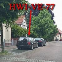 Der Blitzer in Ilsenburg auf der Marienhöferstraße, stand der schwarze VW Golf 4 Variant (HWI-VE-77), gegenseitig in einer Parkbucht.