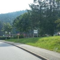 Anfahrt in Richtung Annaberg. Der Messbus sieht hier auffälliger aus als er es tatsächlich war. Die meisten Fahrer dürften hier nicht mal gemerkt haben, dass es blitzt. Auch aus der Gegenrichtung war nichts zu erkennen.
