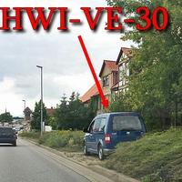 Blitzer am OE B 81 Halberstadt aus Magdeburg kommend, nach der Ampelkreuzung auf der rechten Seite, gegenüber vom VW Autohaus, steht der blaue VW Caddy (HWI-VE-30). 50 kmh.