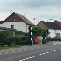 Von Lebach Richtung Eiweiler (A8) fahrend.