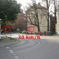 Talstraße - Erfurt - 30 km/h ab Kurve