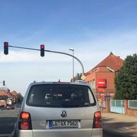 Stand am 28.09.2014 um 12.00 Uhr auf der B 216 in Bavendorf FR Lüneburg. Linksmessung aus dem Heck.