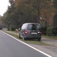 Messfahrzeug vom Landkreis Ammerland am Strassenrand