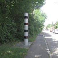 Vitronic Poliscan Speed (stationär)  steht im Herdweg in Ditzingen auf Höhe der Hausnummern 19 bis 23  Vorsicht! > Gemessen wird in beide Richtungen.  Vorgeschriebene Geschwindigkeit: 30 km/h