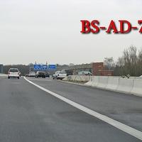 ESO Anlage, dazu gehört der blaue VW T 5 (BS-AD-713). Standort: A 39 Richtung Wolfsburg, kurz nach der Auffahrt BS Rüningen Nord und der Bogen-Einfädelung der A 391. 80 kmh.