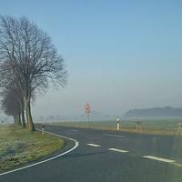 Blitzer im LK Peine, zwischen Vallstedt und Köchingen, am Abzweig Wierthe, beidseitig. 70 kmh.