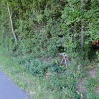 Messung zwischen Ilsede und Lafferde beidseitig, Richtung Peine 70 Richtung Lafferde 100! Kaum zu erkennen, Wagen stand versteckt im Wald!