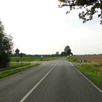 neue Messstelle: seit Mitte Juli 15 gilt hier beidseitig 70, gemessen wird an der Kreuzung südlich der Autobahnbrücke zwischen Vöhrum und Sievershausen, wie immer beidseitig!