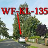 Blitzer in Atzum, Richtung Wolfenbüttel, rechte Seite, steht der silberne Skoda Roomster (WF-KL-135). 50 kmh.