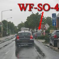 WF Groß Stöckheim, in höhe der Feuerwehr, rechte Seite in der Parkbucht, Richtung A 395 / SZ Thiede. 50 kmh. Grauer Skoda Roomster (WF-SO-42).