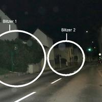 Neben dem alten Blitzer (grau) der derzeit aus Richtung Wetzlar, Dudenhofen blitzt, Zufahrt Bürgerhaus, steht einige Meter weiter vorn aus Gießen, Linden kommend ein grüner Blitzer ! Beide TEMPO 30 !