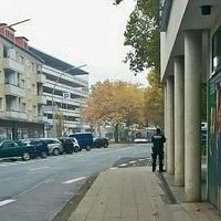 """Lasermessung auf der Wilhelmstraße, stadtauswärts. Höhe Gewerkschaftshaus. 20 Meter vor der Aufhebung des 30 kmh Schildes. Messpunkt ist ca auf Höhe des Parkhauses """"Wilhelmstraße""""."""