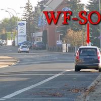 Ahlumer Straße, stadtauswärts, zwischen dem Zebrastreifen und Fa. Ford Piske, auf dem Parkstreifen rechte Seite. 50 kmh. Grauer Skoda Roomster (WF-SO-42).
