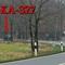 Blitzer auf der B 443, Burgdorf Richtung Lehrte. In der ersten 70iger Zone, kurz vor der Kurve. Es wurde aus einem dunkelgrünem VW T5 Multivan gelasert, mit gelber Warnweste, den Beamten bin ich den Tag 2 Mal begegnet. 70 kmh.