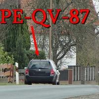 Blitzer am OA Harvesse, dunkelblauer VW Golf 4 Variant (PE-QV-87), gegenseitig. Richtung B 214. 50 kmh.