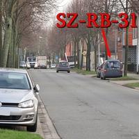 Blitzer auf der B 248 am OE SZ Thiede (Frankfurter Straße), kurz nach der ESSO-Tankstelle, auf der rechten Seite in den Parkbuchten. Grauer VW Caddy Maxi (SZ-RB-3114), Richtung Braunschweig. 50 kmh.