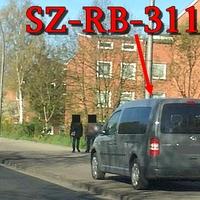 Grauer VW Caddy Maxi (SZ-RB-3114), auf der Willy Brandt Straße, stadtauswärts. 50 kmh. Richtung Fredenberg.