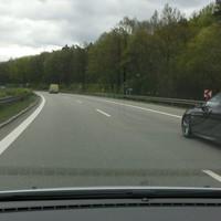 Messung in Fahrtrichtung Passau (Einseitensensor 1.0 grauer VW T4 Messbus).