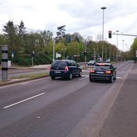 Stadtein- und auswärts, jeweils Geschwindigkeits- und Rotlichtkontrolle