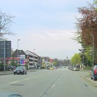 Höhe Burgtor-Friedhof wird stadteinwärts aus dem dunkelblauen SKODA Roomster geblitzt...