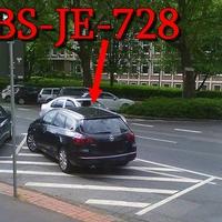 Lasermessung aus dem schwarzem Opel Astra Kombi (BS-JE-728), Zivil-Streifenwagen, Beifahrerseite, stand entgegen der Fahrtrichtung, auf der Sperrfläche gegenüber vom Gewerkschaftshaus. 30 kmh.